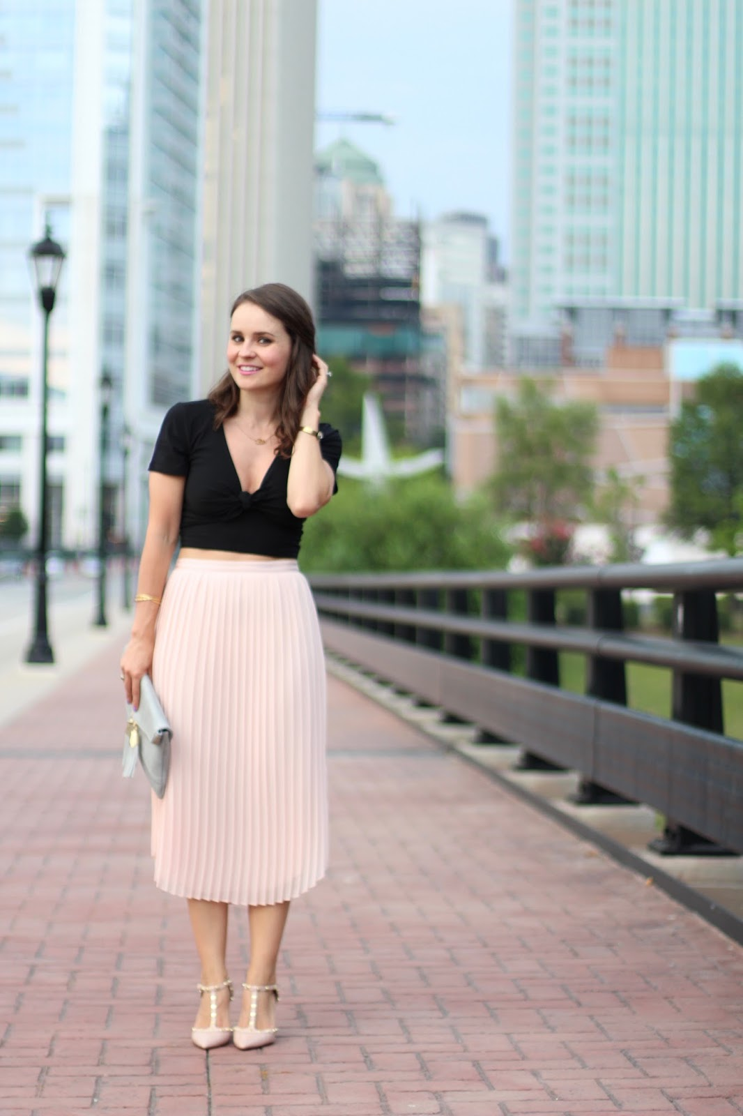 8bffc2f3f301 I like this skirt because it's ultra-feminine and will easily take you from  summer into fall. I paired it with this front-tie crop top (which is now on  ...
