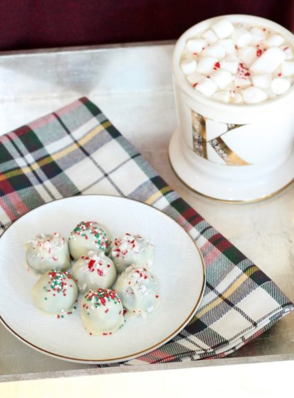 Cookie Swap: White Chocolate Oreo Balls (+ 9 Yummy Recipes Just in Time for the Holidays)