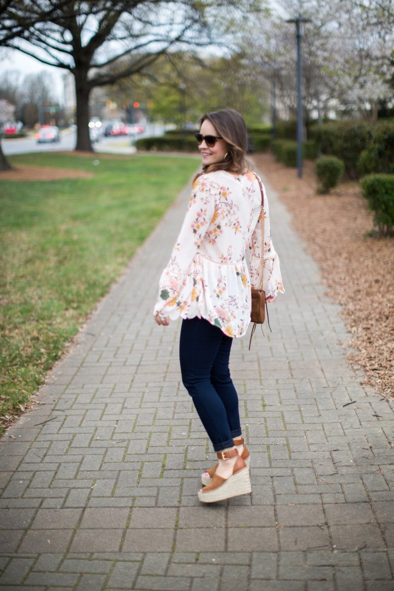 floral bell sleeve top, spring outfit