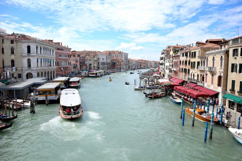venice grand canal, italy travel guide
