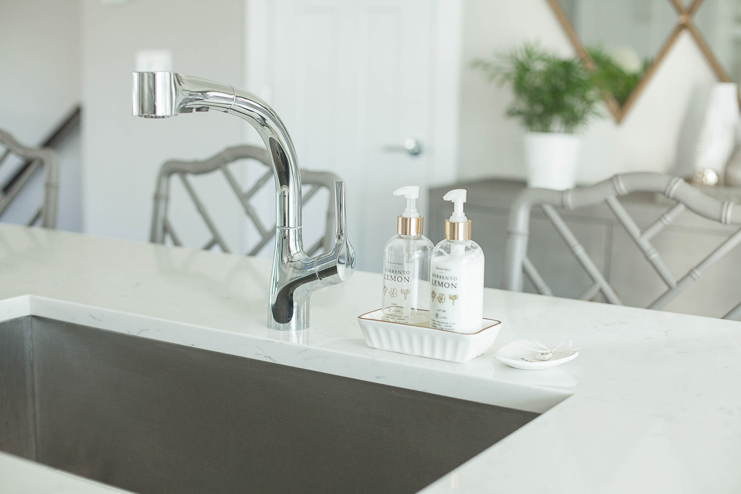 modern kitchen sink, chrome faucet