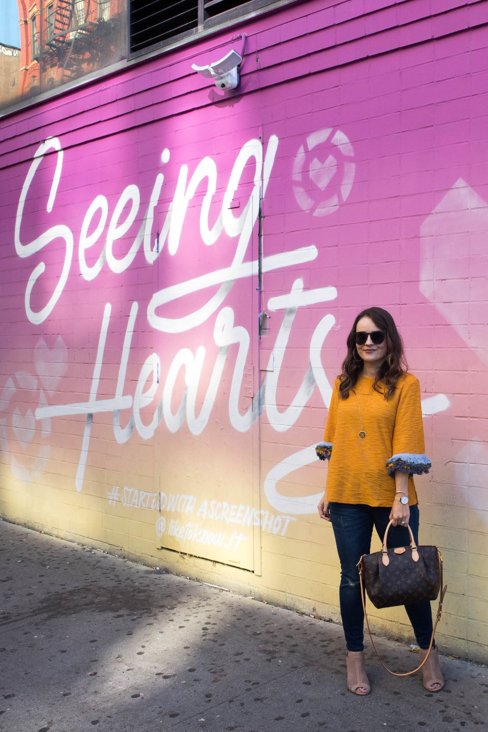fringe sleeve sweater, like to know it heart wall