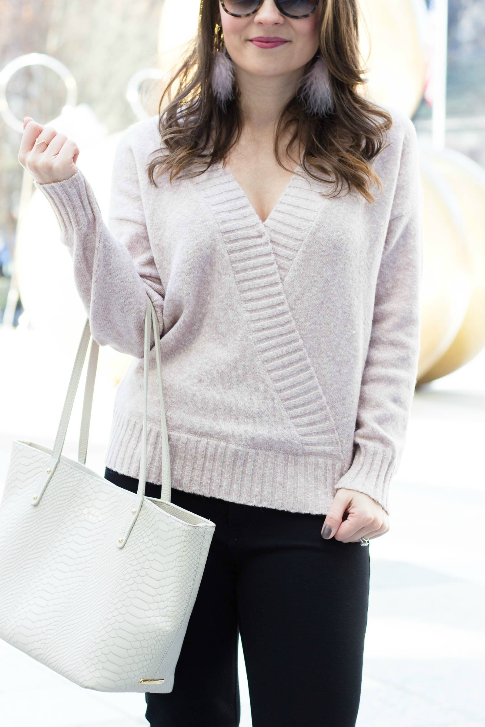heartloom ashley sweater, blush v-neck sweater