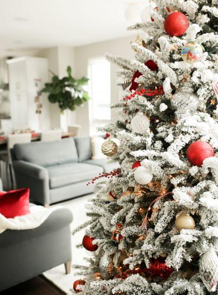 Our Holiday Decor + 2018 Christmas Card
