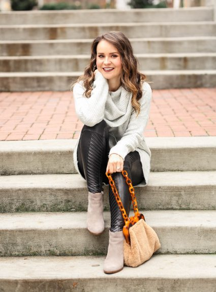 Winter Favorites: Spanx Leggings + Faux Fur Bag