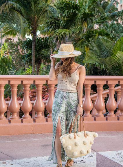 Vacay Look: Palm Print & Neutrals