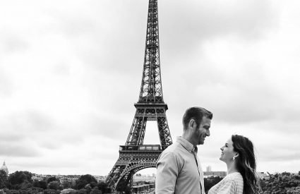 Eiffel Tower couple photo