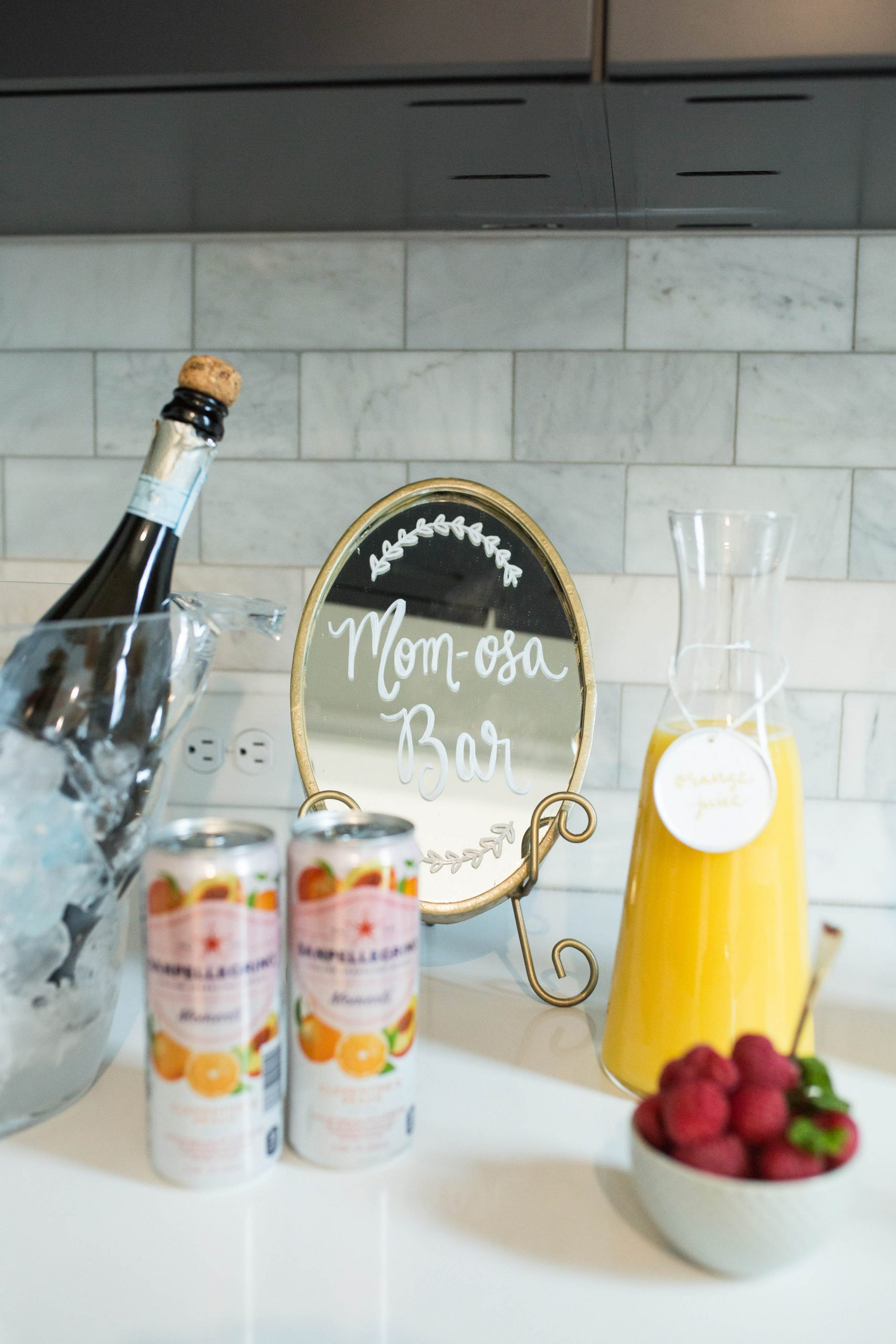 baby shower momosa bar